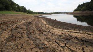 کشور در آستانه کمبود فیزیکی آب