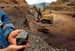 نگاهي به مشکلات معدنکاران استان خراسان رضوي