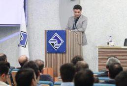 تکریم ارباب رجوع مهم ترین اصل نیل به اهداف سازمان