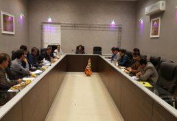 نشست ریاست سازمان استان ایلام و تعدادی از اعضای هیئت مدیره با نمایندگان شهرداری