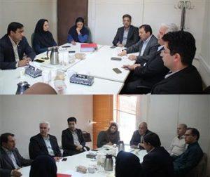 برگزاری نشست کمیسیون بانک و بیمه در محل شورای مرکزی