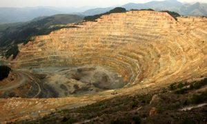 امکان هدایت نقدینگی به سمت معدن و صنایع معدنی