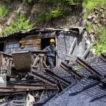 تاکید استاندار گلستان بر پرهیز از خامفروشی مواد معدنی در پنجمین نشست شورای معادن