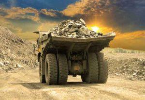 خدمات دستگاههای مرتبط به بخش معدن عامل کُند شدن فرآیندها و عدم شفافیت