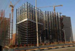 عدم اجرای تفاهمنامه استفاده از سازنده دارای صلاحیت در ساخت و سازهای شهر تهران